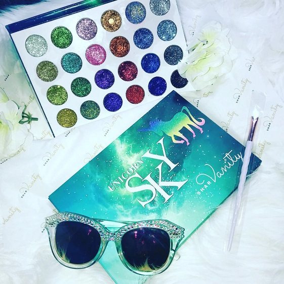 Glitter Eye Shadow Palette by Shar Vanity